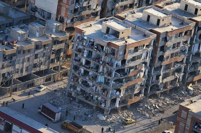 کمک به مصیبت دیدگان زلزله ی کوردستان ایران و عراق